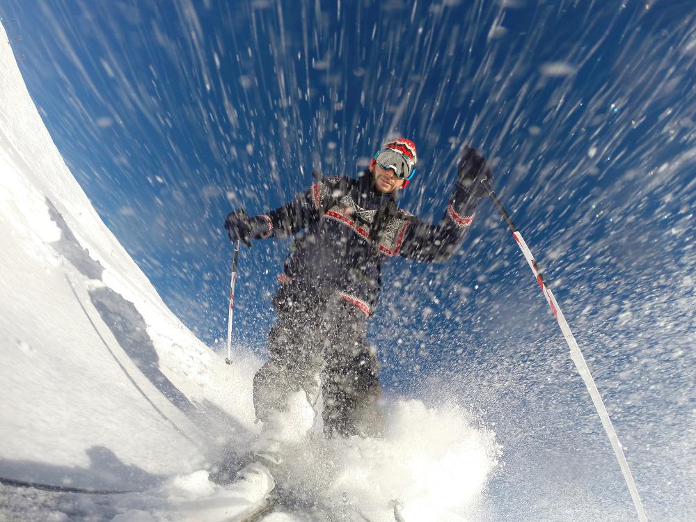 gopro mounted on ski tip
